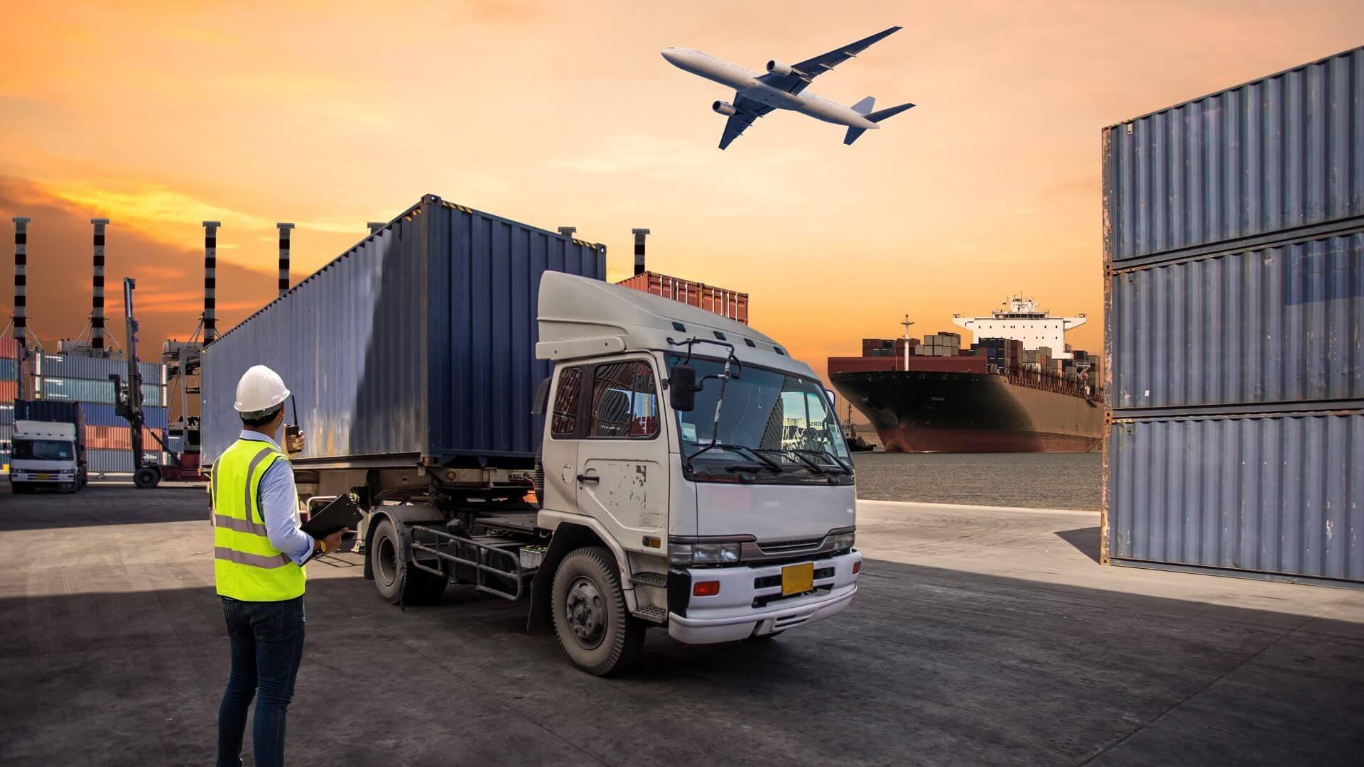 Transloading vs Cross Docking